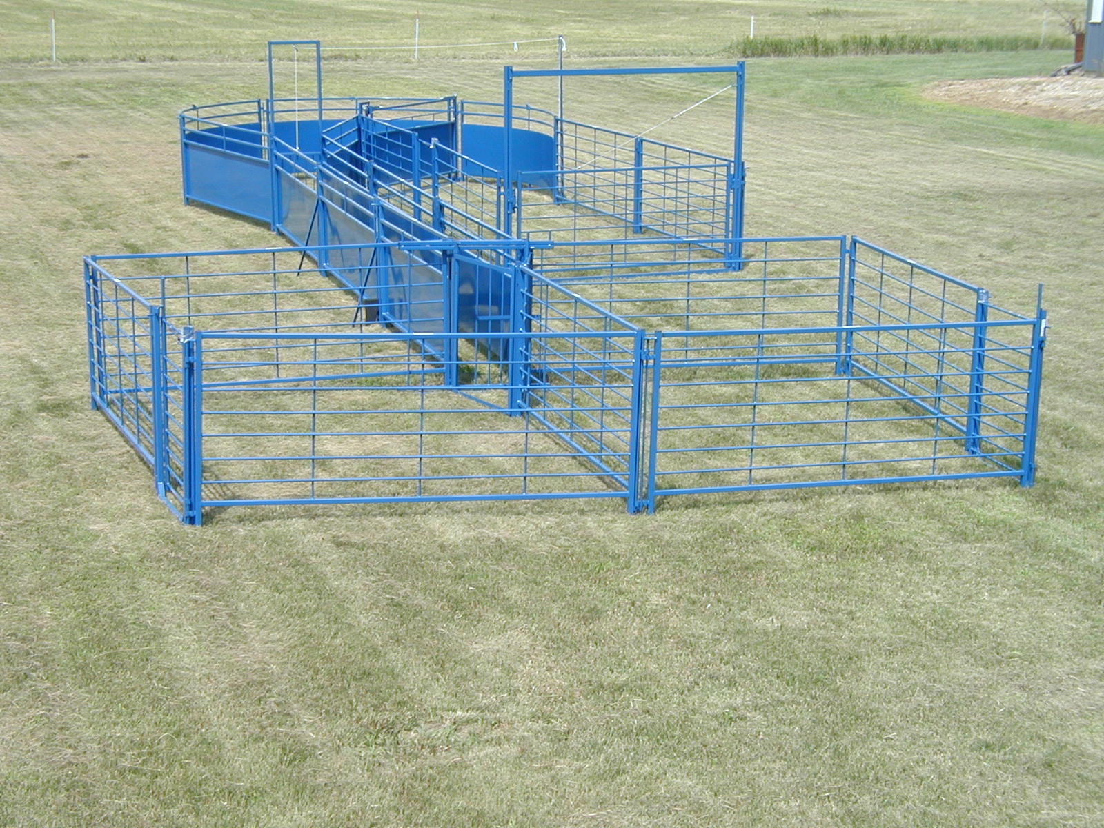 Portable Cattle Corral Systems